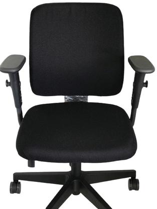 Cadeira Diretora Idea Preto Base Gir. Braço Regulável