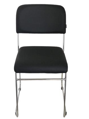 Cadeira Empilhável Pratice Preta C/ Estrutura Cromada