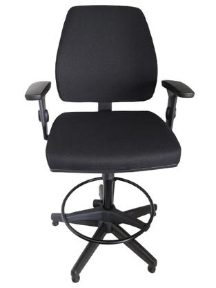 Cadeira Secretaria Pro Stool Tecido Giratória com Base Caixa Fixa Polai Preta Com Regulagem de Altura e Aro- Cavaletti